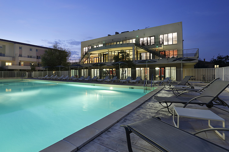 Residence Cap Camargue - Vacancéole - Le Grau-du-roi - Outdoor heated swimming-pool